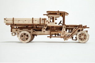 Truck UGM-11 mechanical model