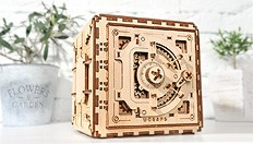 How to put your personal code during the assembly of the Ugears on Safe Vault model