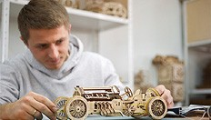 Ukrainians created world's first wooden racing car using no electronics