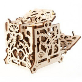 https://ugearsmodels.com/image/cache/catalog/devices/dice-keeper/Ugears-Dice-Keeper-Mechanical-device_ava-268x268.jpg