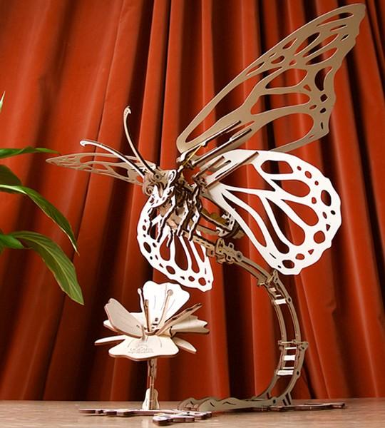 Schmetterling: Ugears mechanischer 3D Modellbausatz
