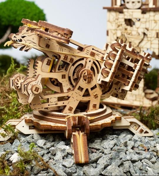 Ugears mechanischer Modellbausatz Turmballista und Holz 3D Puzzle. Katapulta und Ballista und mittelalterliche Festung. Originelles Geschenk für Jungen und Mädchen und Hobby für Erwachsene.