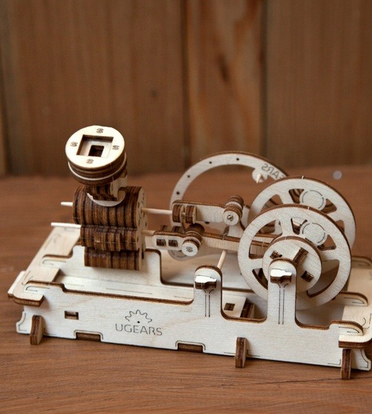 Ugears mechanical model kit Pneumatic Engine and wooden 3D puzzle. Construction model kit of steam engine with cylinders and moving pistons. Original gift for boys and girls and smart hobby for grown-ups.