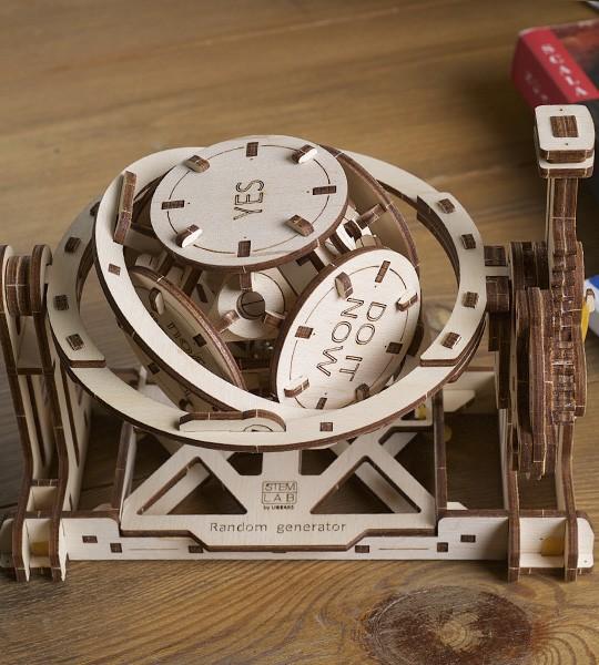 Mechanical educational STEM model Random Generator by Ugears