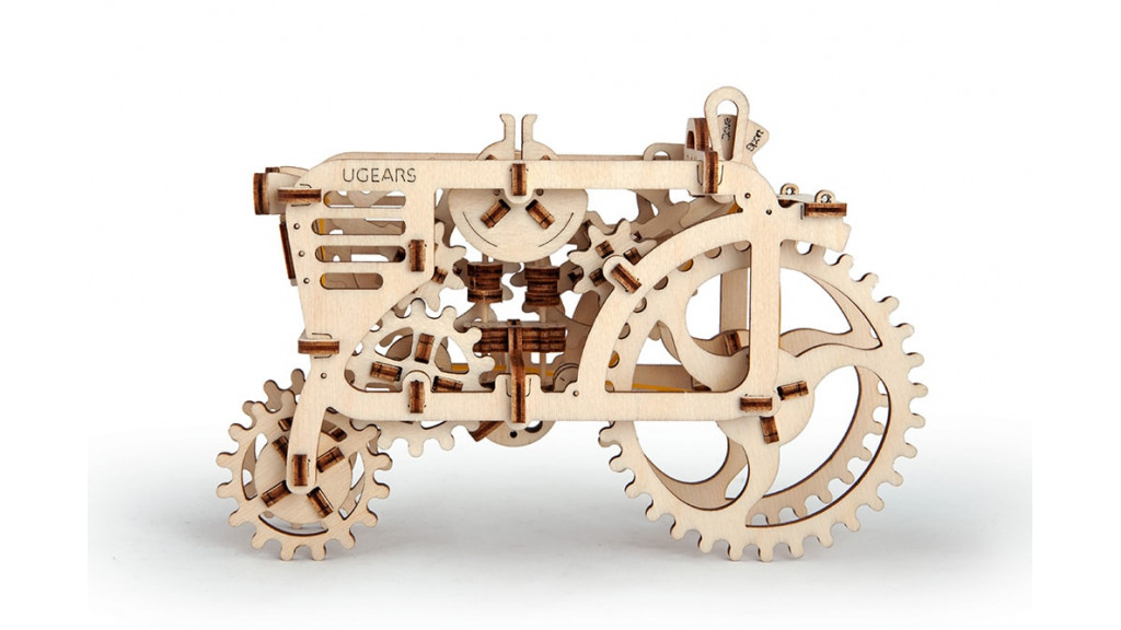 Tractor mechanical model kit