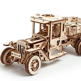 Вантажівка UGM-11