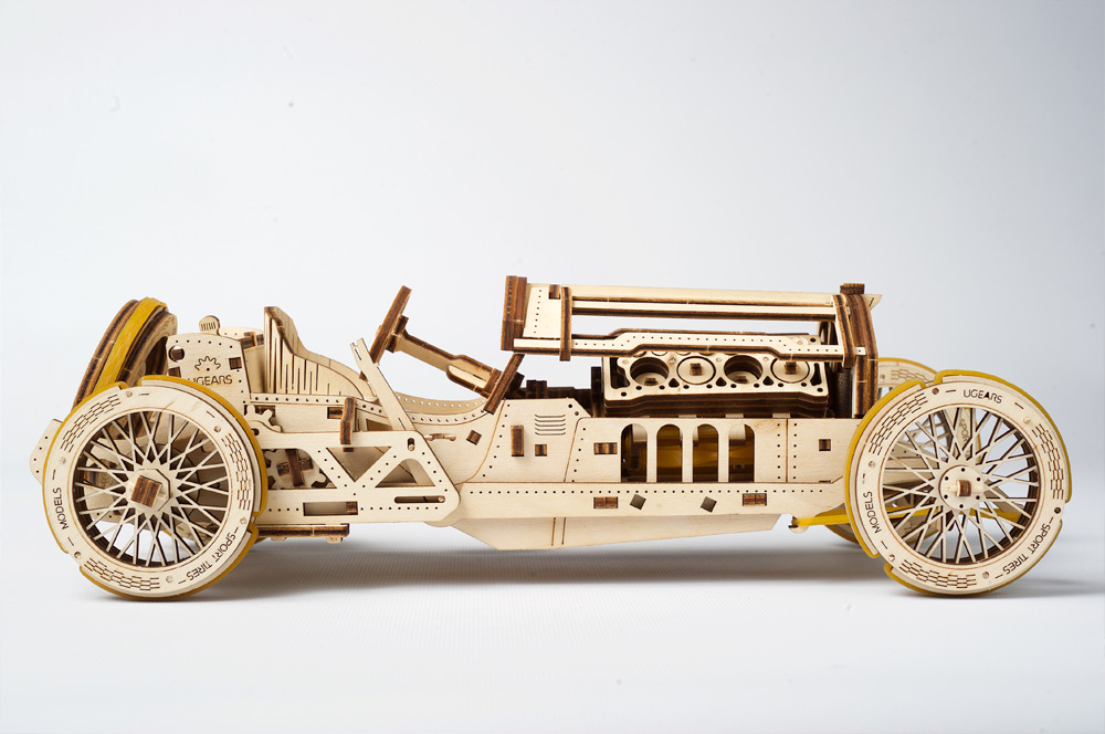 Ugears created world\'s first wooden racing car using no electronics