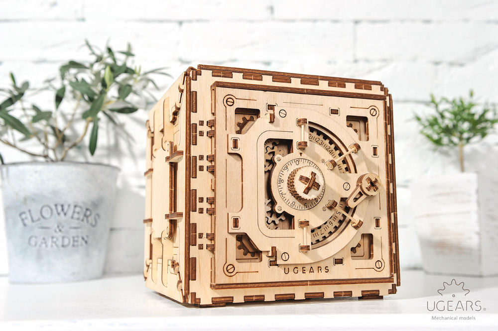 personal code ugears safe model